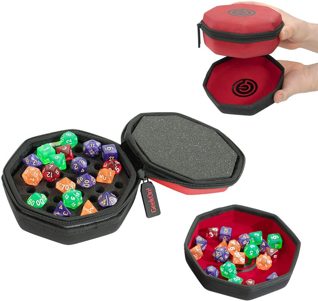 Softshell dice case with dice tray